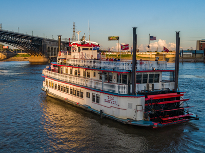 Riverboat and Eads Bridge